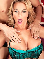 Amber Lynn Bach - Oily To Bed