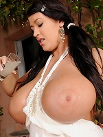 Free picture gallery : DDF Busty - Big Boobs, Gianna Michaels, Titty Fucked, Big Tits, Caylian Curtis,Big Breast , Laura M, Busty Babes, Peach :: The